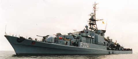 F-224-04.jpg